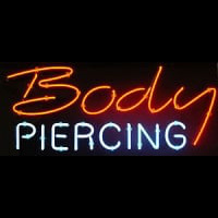 Body Piercing Neontábla
